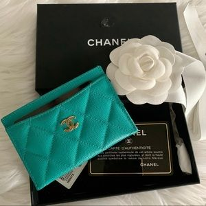CHANEL Turquoise Blue Caviar Quilted Card Holder